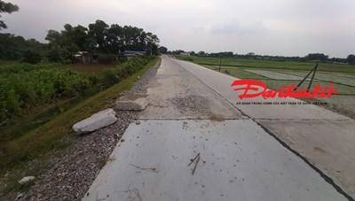 Dự án đê 145 tỷ được chỉ định thầu tại Bắc Giang: Vừa bàn giao đã hỏng