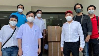 Tổng Liên Hội thánh Tin lành Việt Nam trao 50 máy thở để Mặt trận TP HCM tặng các bệnh viện