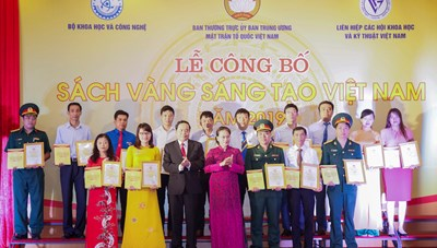 Chuẩn bị cho Lễ Công bố Sách vàng sáng tạo Việt Nam năm 2020