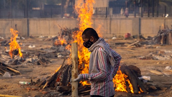 Báo động số người chết thực sự sau những giàn thiêu đỏ lửa ở Ấn Độ