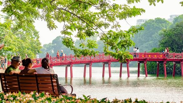 Hà Nội lọt vào top 100 điểm đến tuyệt nhất thế giới năm 2021