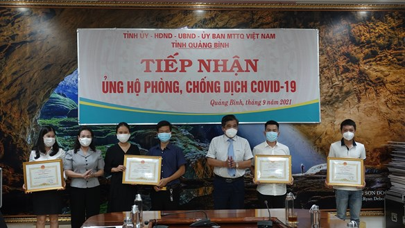Quảng Bình khen thưởng nhiều tấm gương trong công tác phòng chống dịch