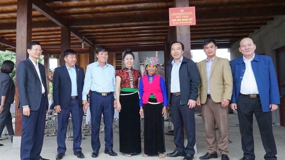 Yên Bái: Bàn giao nhà Đại đoàn kết cho 2 hộ nghèo