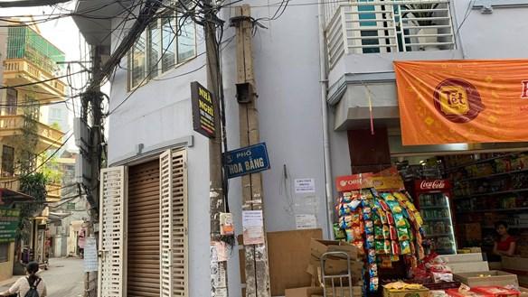 Cột điện không sử dụng: Ảnh hưởng mỹ quan đô thị, sự an toàn của người dân