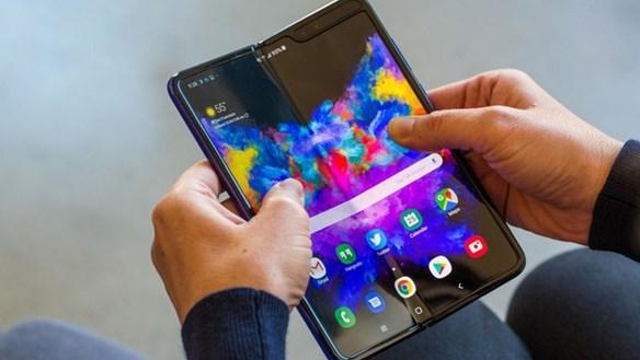 Galaxy Fold, Z Flip giá rẻ đổ bộ về Việt Nam, cẩn thận khi mua
