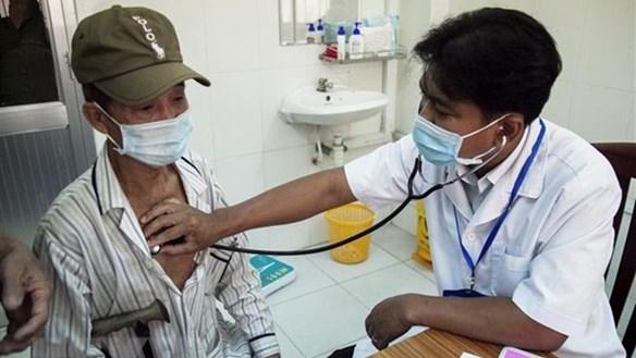 Bác sỹ người Khmer hết lòng chăm sóc sức khỏe cho dân nghèo