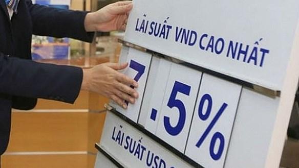 Kỳ vọng lãi suất ngân hàng tiếp tục giảm