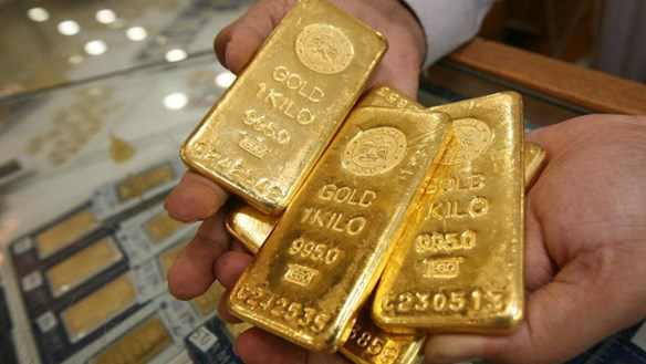 Bất ngờ khi giá vàng'gấp rút' đi xuống
