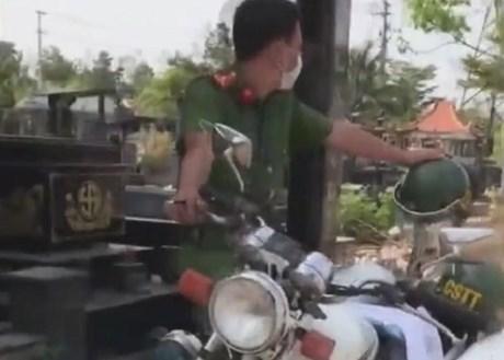 Làm rõ các clip lan truyền trên mạng xã hội tố cáo 'xe gửi sếp'