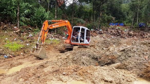 Quảng Nam: Mưa lớn, tạm dừng tìm kiếm các nạn nhân mất tích