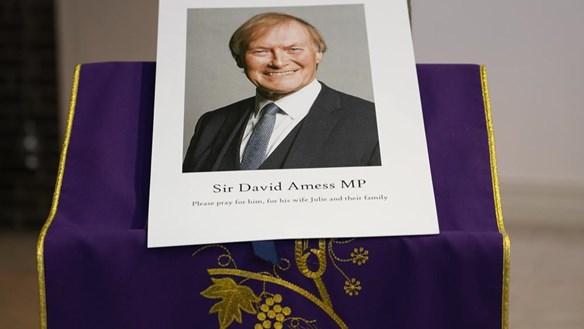 Nghị sĩ Anh bị sát hại khi đang tiếp xúc cử tri ở nhà thờ