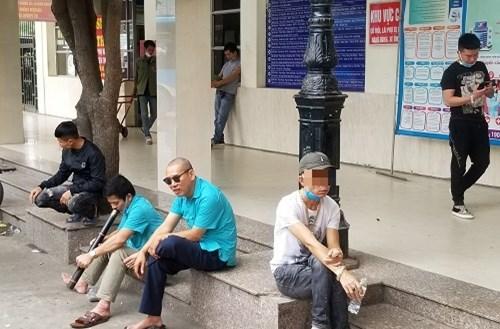 Hà Nội: Người dân chủ quan không đeo khẩu trang theo quy định