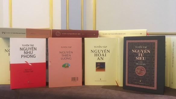 Ba thế hệ nhà văn ra mắt các bộ tuyển tập sách