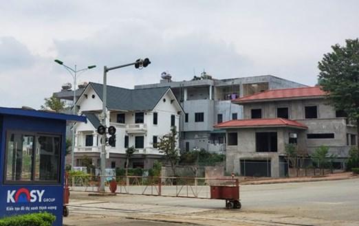 Lào Cai: Dự án đô thị hơn 400 tỷ chưa đảm bảo rà phá bom mìn đã cho dân về ở