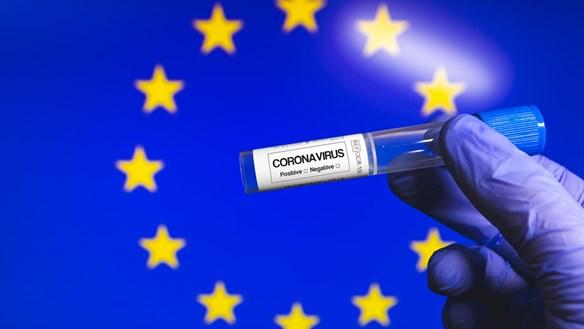 'Hãm phanh khẩn cấp' để chống Covid