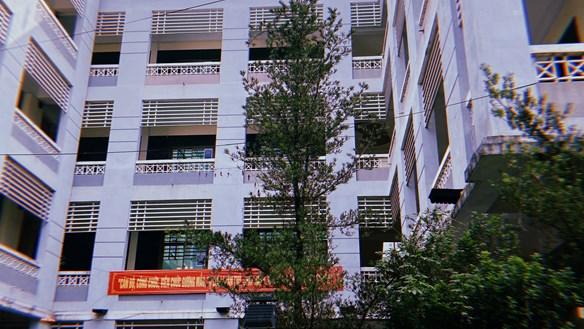 Sở Giáo dục và Đào tạo tỉnh Cao Bằng: Đấu thầu hoành tráng, tiết kiệm nhỏ giọt