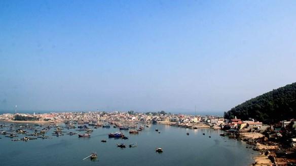 Xã Nghi Sơn (thị xã Nghi Sơn , Thanh Hóa): Nộp lương để 'chạy' chế độ bãi ngang?