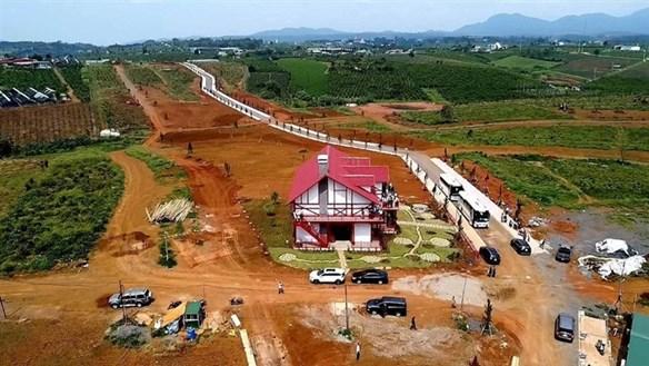 Bảo Lộc (Lâm Đồng): Hiến đất chỉ nhằm… phân lô, tách thửa