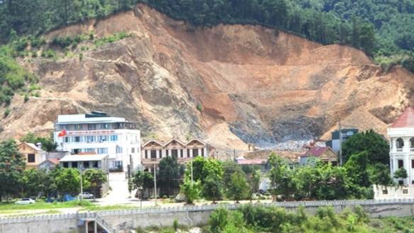 Lạng Sơn: Vì đâu núi đồi tan hoang? - Bài 1: Dung túng cho 'đất tặc'