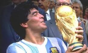 Những bàn thắng kinh điển trong sự nghiệp thi đấu của Diego Maradona
