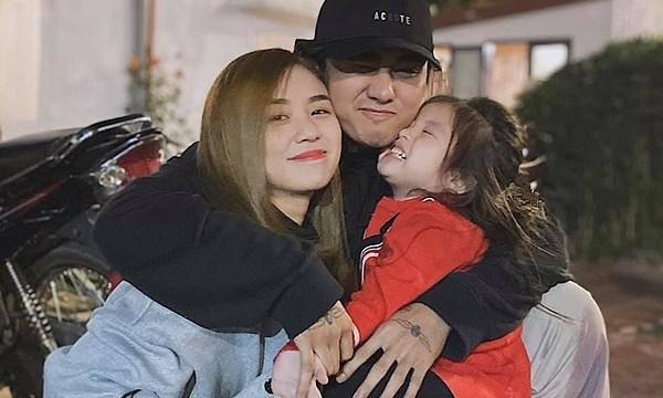 Vợ cũ Hoài Lâm cảm kích vì Đạt G rất quan tâm 2 con riêng của cô