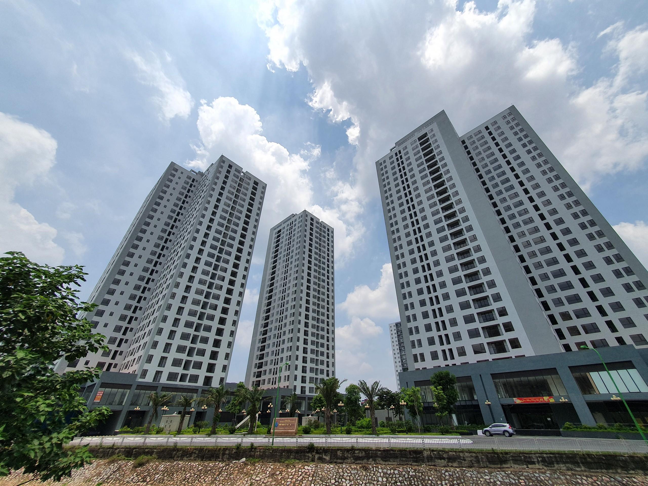 Dự án quy mô 3 tòa nhà cao 28 tầng, 3 tầng hầm, 3 tầng thương mại.