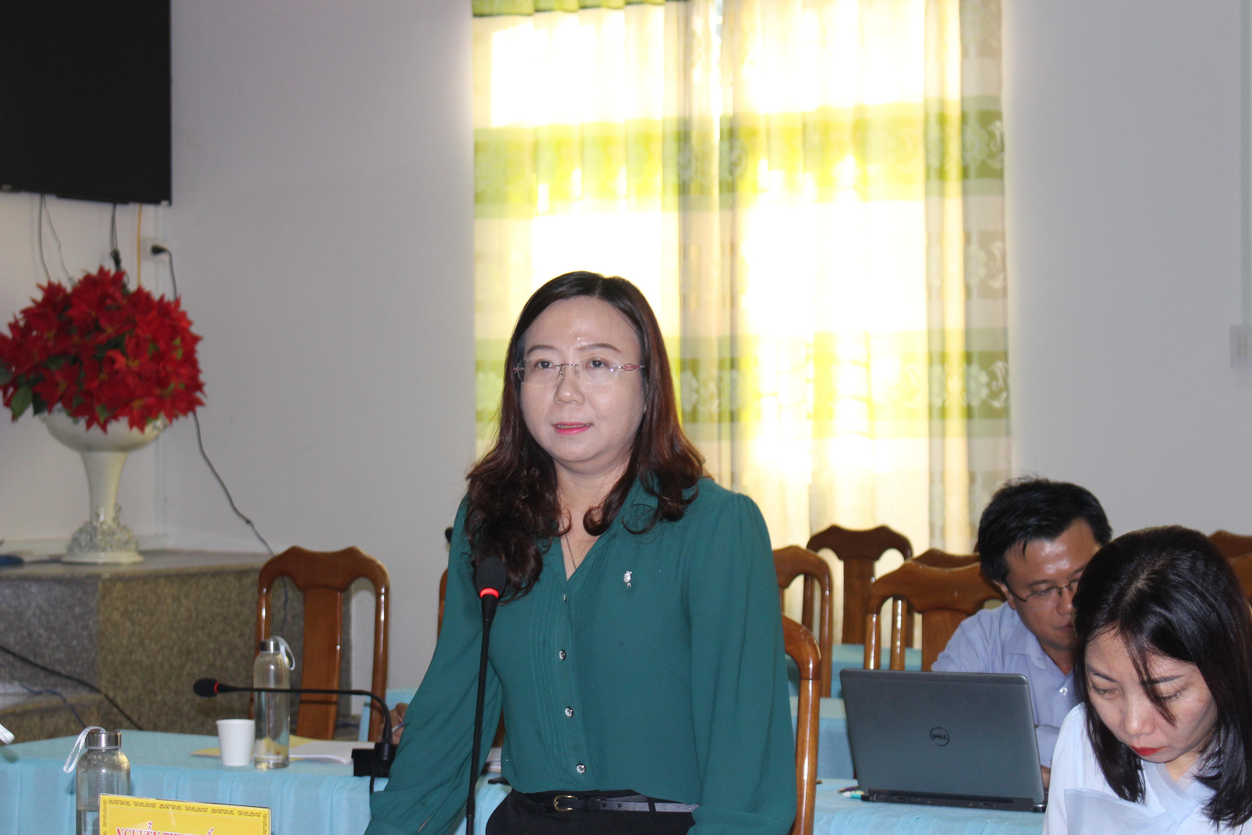 Bà Nguyễn Thị Tuyết Minh - Phó Chủ tịch UBMTTQ VN tỉnh An Giang phát biểu tại buổi làm việc.