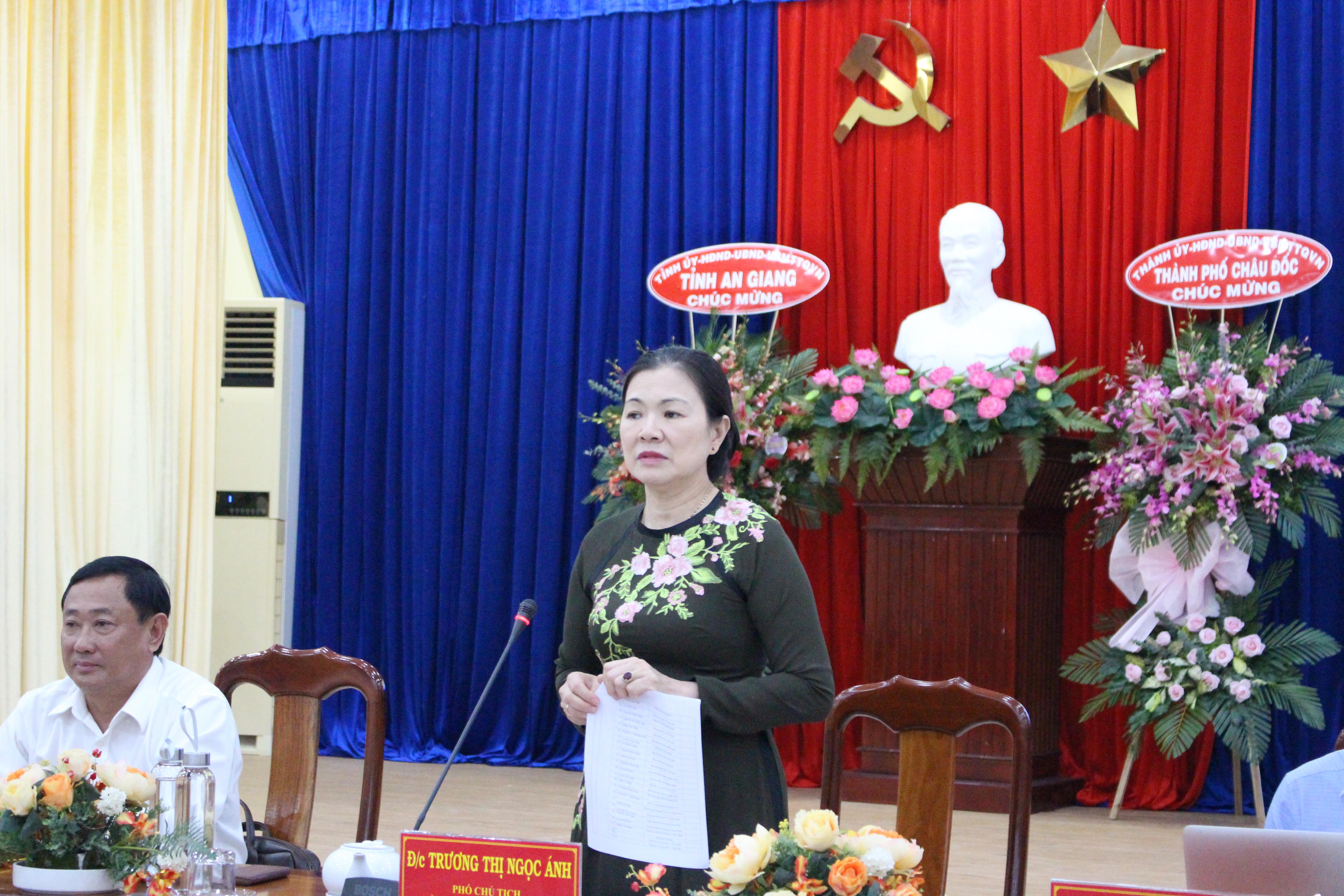 Phó Chủ tịch Trương Thị Ngọc Ánh phát biểu tại Tọa đàm.