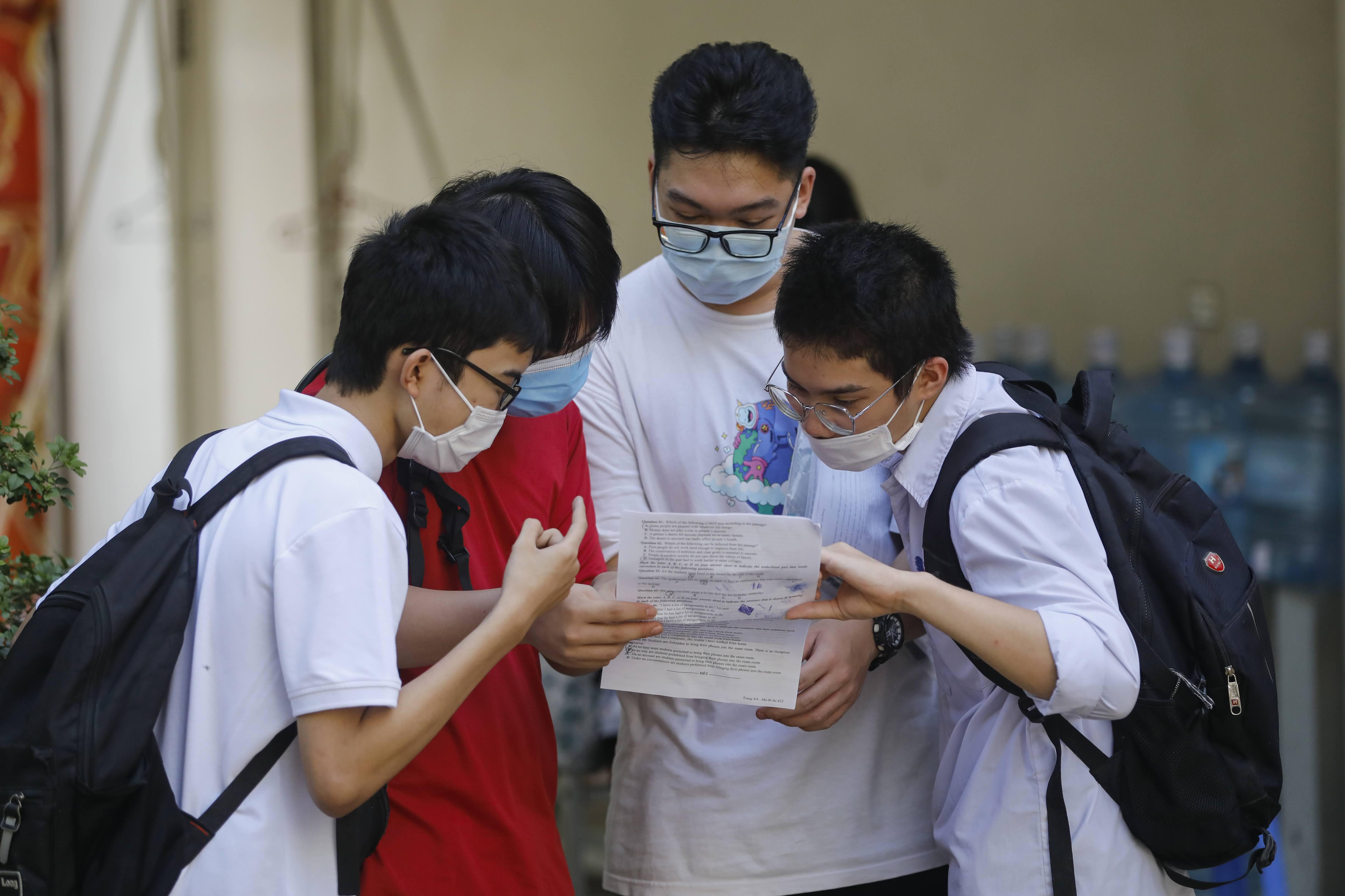 Thí sinh dự thi tốt nghiệp THPT lần 1- năm 2021. Ảnh: Phạm Quang Vinh.