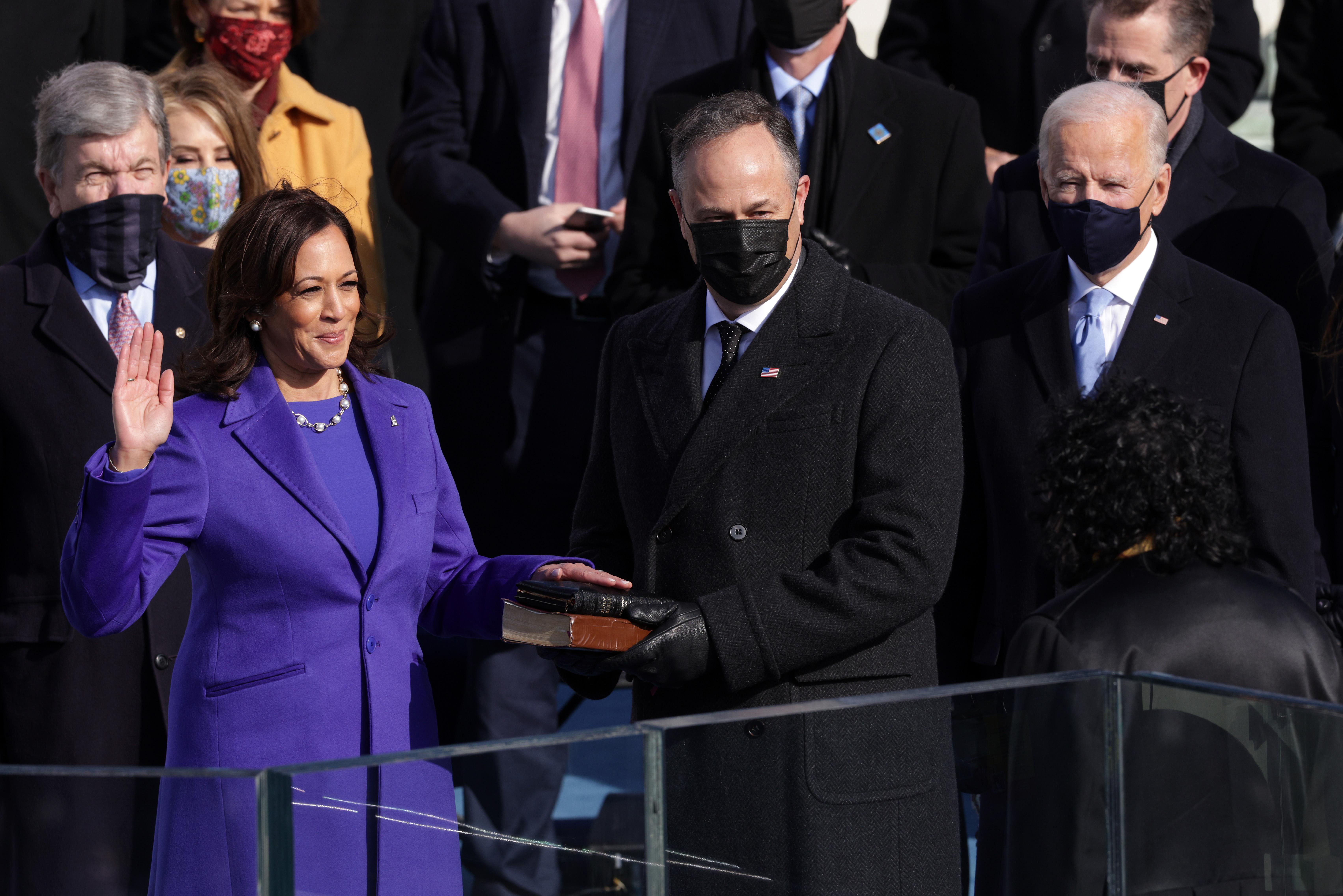 Ông Biden trở thành tổng thống thứ 46 của Mỹ - Ảnh 13