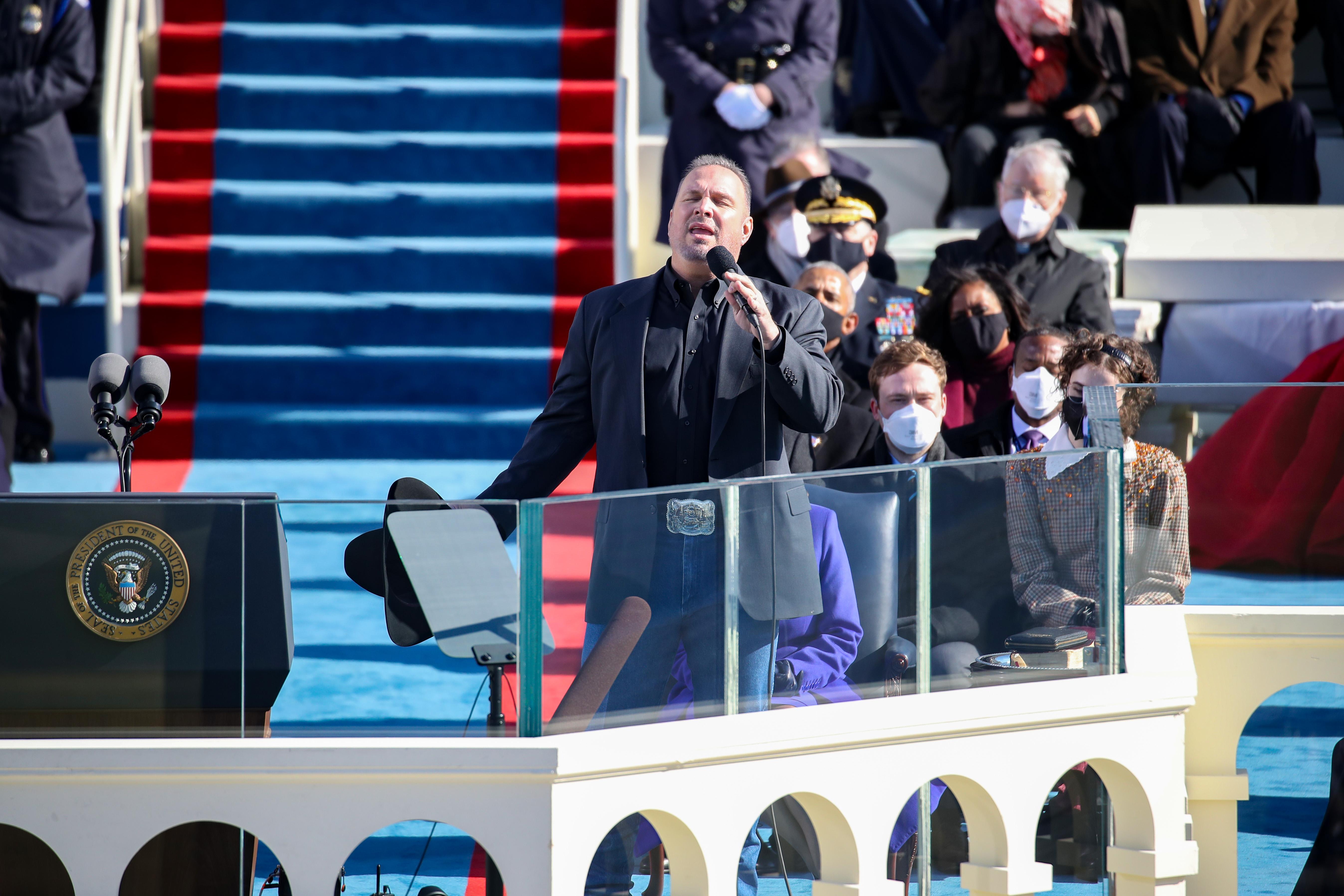 Ông Biden trở thành tổng thống thứ 46 của Mỹ - Ảnh 6
