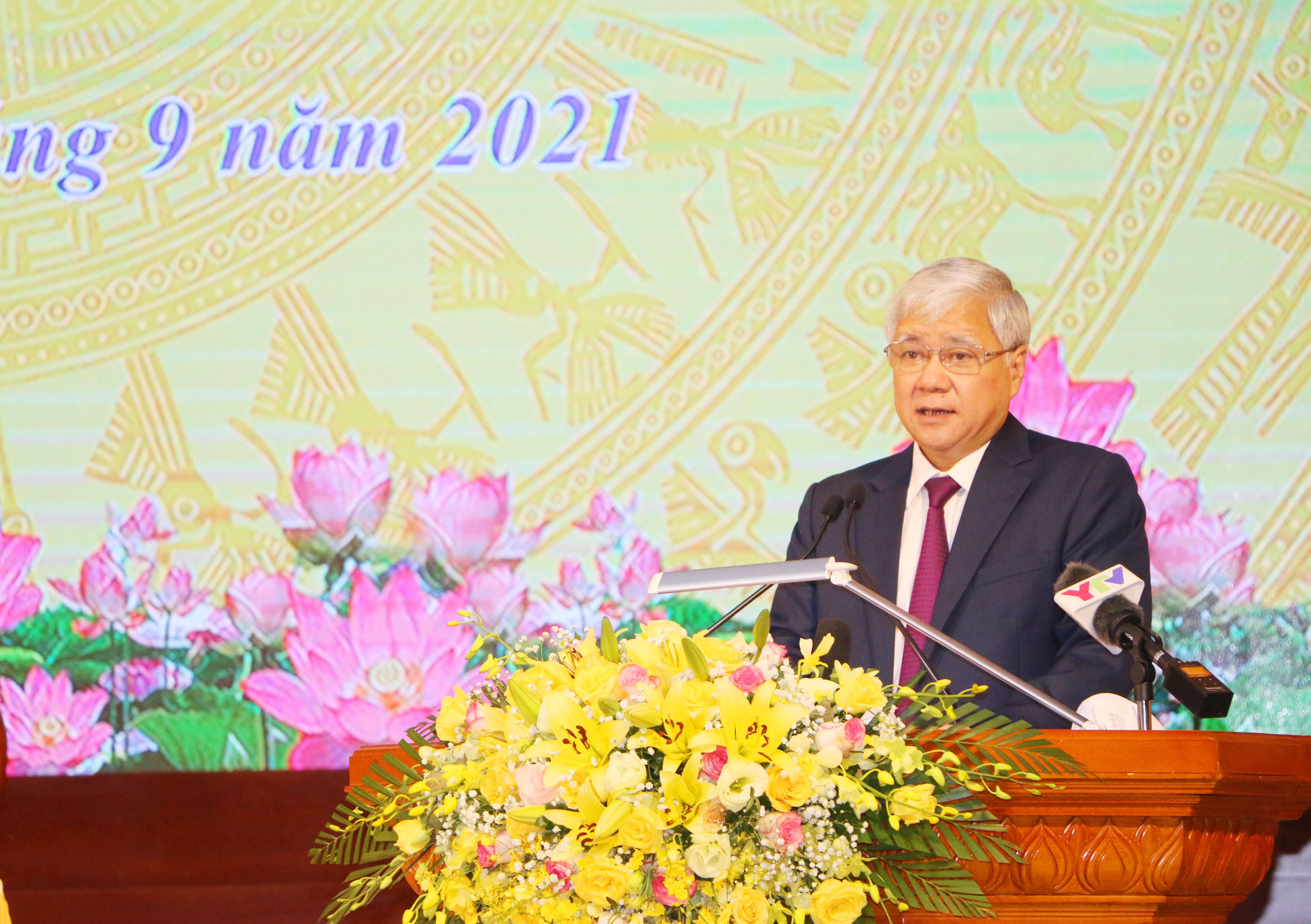 Chủ tịch UBTƯ MTTQ Việt Nam Đỗ Văn Chiến phát biểu tại Hội thảo.