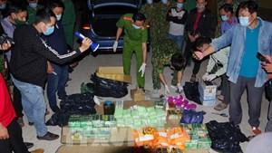 Đồng Tháp: Bắt vụ vận chuyển gần 90 kg ma túy