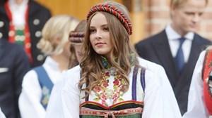 Nhan sắc rạng rỡ 17 tuổi của 'nữ hoàng tương lai' của Na Uy