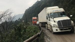 Nỗi ám ảnh lưu thông trên Quốc lộ 8A qua Hà Tĩnh
