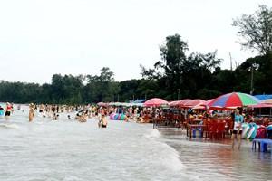 Tỉnh Quảng Ninh công nhận Quan Lạn - Minh Châu là Khu du lịch cấp tỉnh