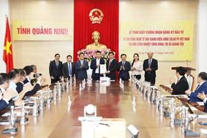 Quảng Ninh: Trao giấy chứng nhận đầu tư 500 triệu USD vào KCN Sông Khoai