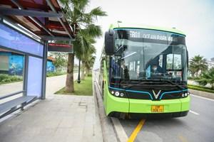 [ẢNH] Cận cảnh xe buýt điện VinBus đang chạy thử nghiệm ở Hà Nội