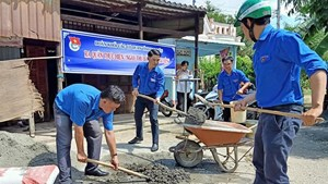 Đông Hải (Bạc Liêu):  Tuổi trẻ góp sức trẻ xây dựng nông thôn mới