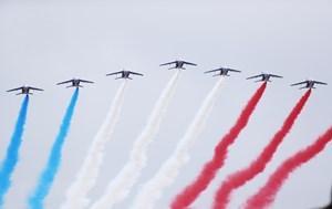 Lễ diễu binh mừng Quốc khánh Pháp đậm sắc màu chống Covid-19