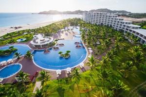4 kiểu combo du lịch gây 'sốt' giữa cao điểm tháng 7: Chưa bao giờ khám phá vẻ đẹp Việt lại đơn giản và tiện lợi đến thế