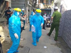 Thủ tướng: Covid-19 đã lây nhiễm ở 7 tỉnh thành, Hà Nội báo cáo ca bệnh