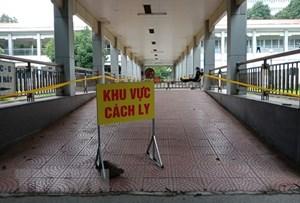 Tây Ninh: Truy tìm tài xế xe container trốn khỏi khu cách ly y tế