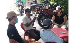 Quảng Nam: Phát hiện 4 đối tượng đánh bạc giữa mùa dịch Covid-19