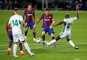 Messi tỏa sáng giúp Barcelona giành Joan Gamper Cup