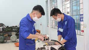 4 tháng 10 là 'Ngày Kỹ năng lao động Việt Nam'