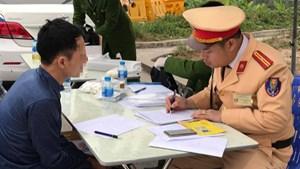 Phát hiện 3 lái xe dương tính với ma túy trên cao tốc Nội Bài - Lào Cai