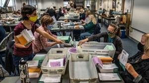 Georgia phát hiện hơn 2.600 phiếu bầu 'bị bỏ sót'
