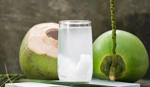 Một số thực phẩm không nên dùng chung với nước dừa