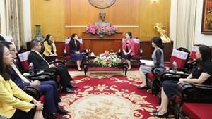 BẢN TIN MẶT TRẬN: Cộng đồng quốc tế cùng hỗ trợ các tỉnh miền Trung, Tây Nguyên
